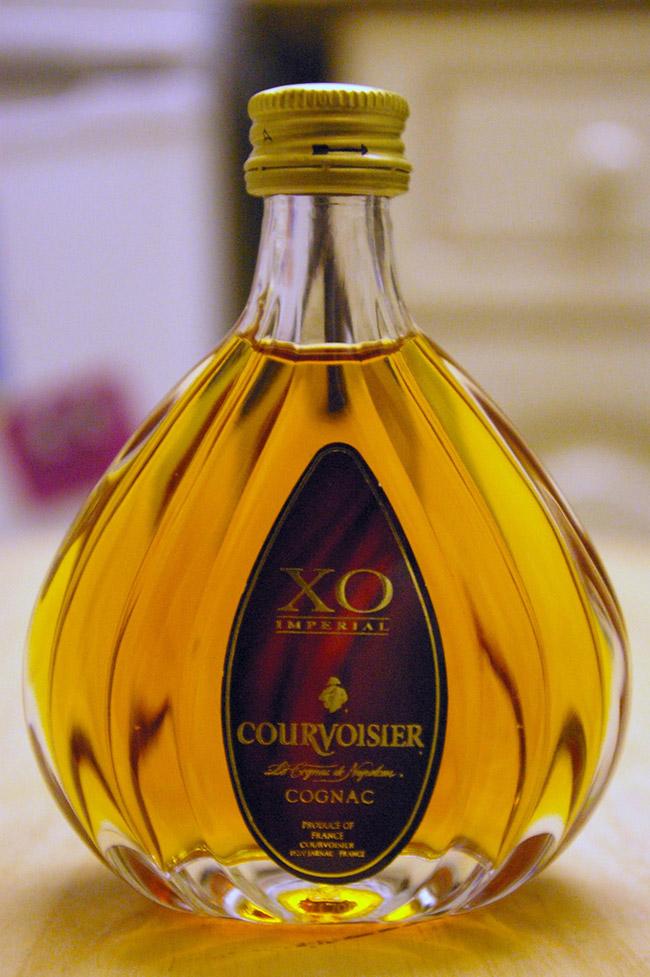 Courvoisier-bottle