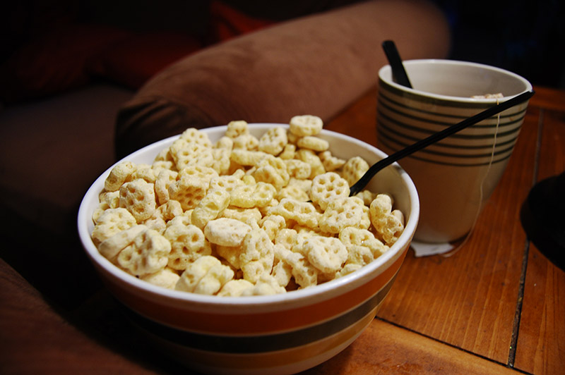 honeycomb cereal bowl